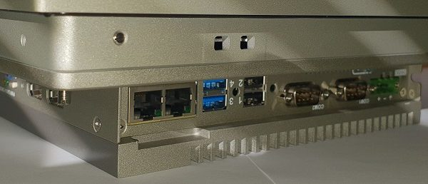 Panel PC 15″ W10 LSTB 4/3